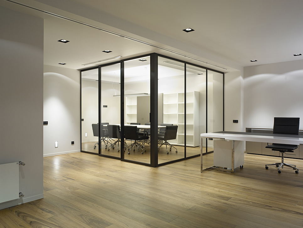 Private transparent booth office